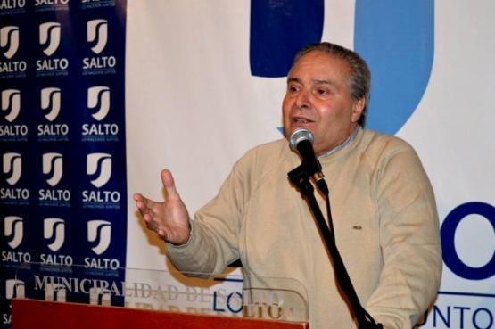 ¿Cuánto cobra el intendente de Salto Ricardo Alessandro?
