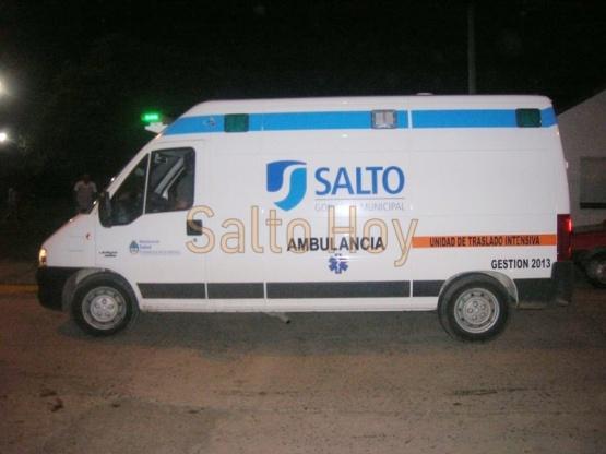 Joven pide colaboración para dar con un auto que atropelló a su papa en barrio Valacco