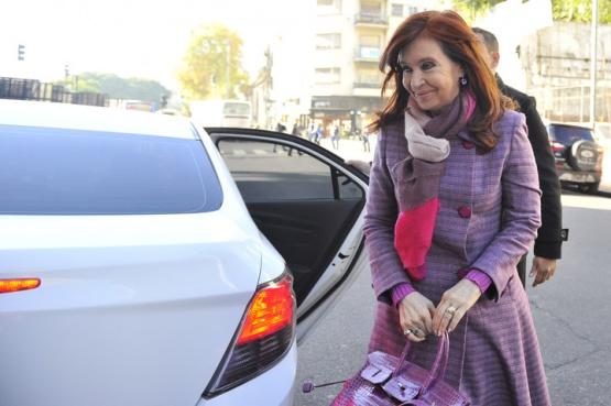 Cristina Fernández pidió autorización para viajar a Cuba