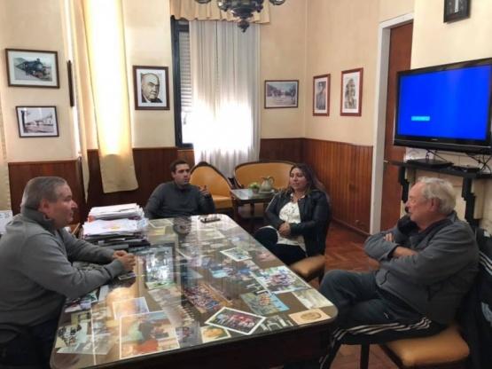 Un paso hacia la unidad: Alessandro se mostró junto Migliaro y Carolina Rodríguez