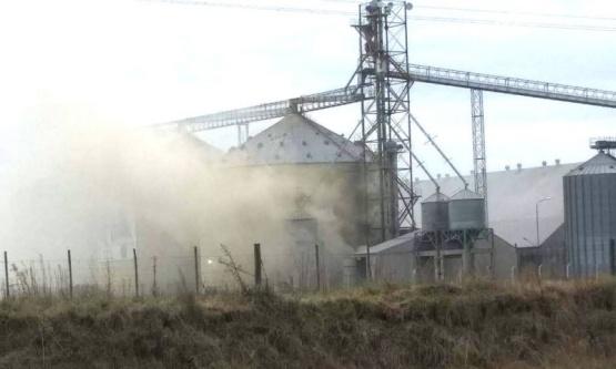 Cuatro heridos tras una explosión en una planta de silos Rojas