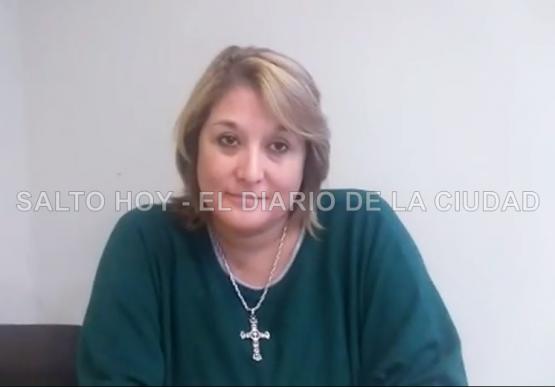 Daniela Sanchi, la arrecifeña que instaló en Salto un servicio de remís exclusivo para mujeres