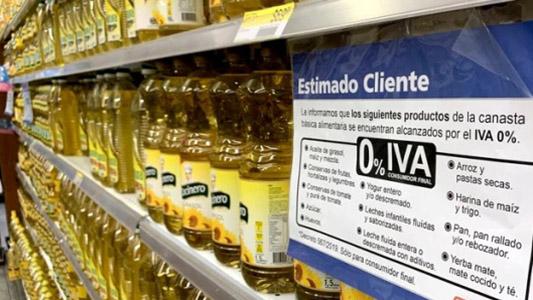 Cuáles son los productos de primeras marcas que bajaron de precio en los supermercados tras la eliminación del IVA