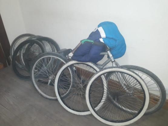 La policía recuperó las ruedas una bicicleta que fueron robadas en la Escuela Técnica