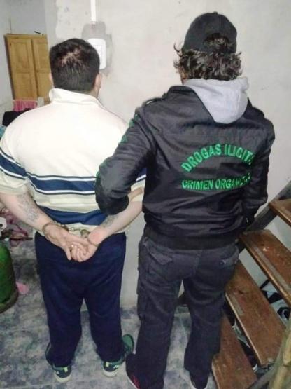Tras una serie de allanamientos en Salto y Arrecifes, detuvieron a tres personas