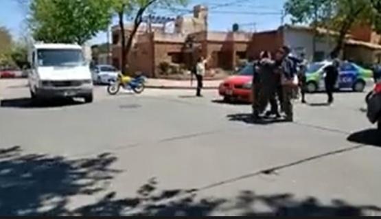 En Junín agredieron cobardemente a un periodista que cubría un accidente