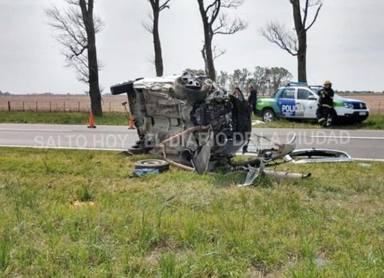 Vuelco fatal en la ruta 8: murió una mujer de Pergamino