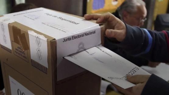 El domingo comenzó con lluvias: ¿Cómo seguirá el tiempo durante la jornada electoral?