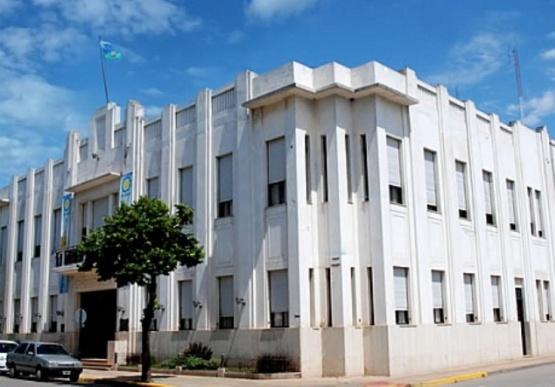 En 36 años de democracia, Salto tuvo cinco intendentes electos: el primero, Gustavo Menéndez