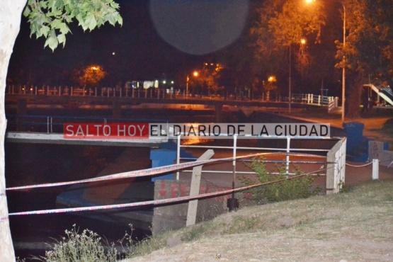 Pudo ser una tragedia: dos personas, entre ellas un menor de 8 años, casi se ahogan en el río y fueron hospitalizadas