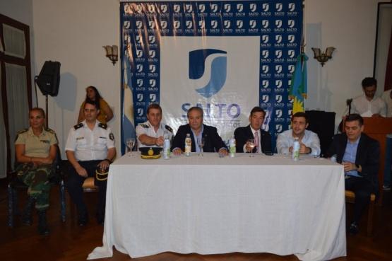 Entrega de distinciones y reconocimientos para conmemorar el Día de la Policía Bonaerense