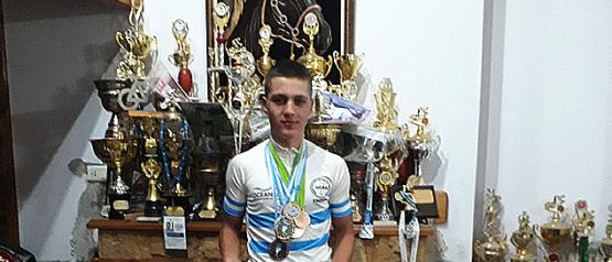Lucas Dundic, el saltense que pone en alto el nombre de su Salto en cada competencia