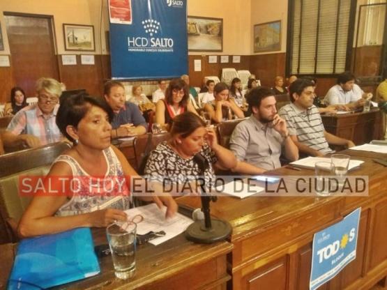 Sin acuerdo con la oposición, los concejales de