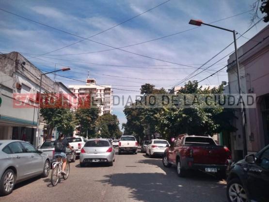 Intenso calor en la ciudad: continúa el alerta meteorológico