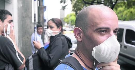Temor por el coronavirus: se disparó la venta de barbijos y aumentaron los precios en Argentina