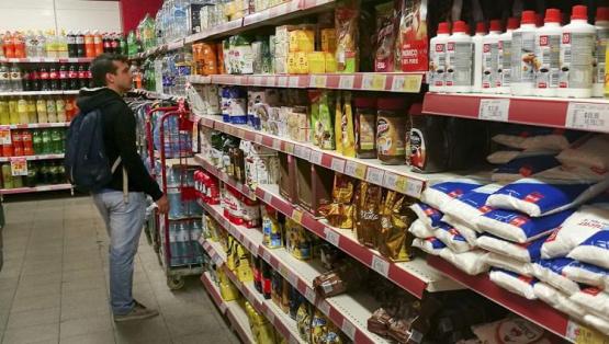 Tras nuevas subas de costos, las alimenticias piden aumentos al Gobierno y hablan de un atraso de hasta el 20%