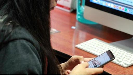 Críticas de la oposición al decreto que declara servicios públicos a la telefonía, internet y la televisión paga