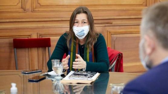 Río Negro cuestionó a Sabina Frederic por denunciar una marcha contra las tomas de tierras en Villa Mascardi