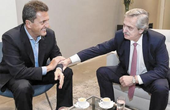 Alberto Fernández se reunió con Sergio Massa y Máximo Kirchner y definieron una estrategia para retomar las sesiones en Diputados