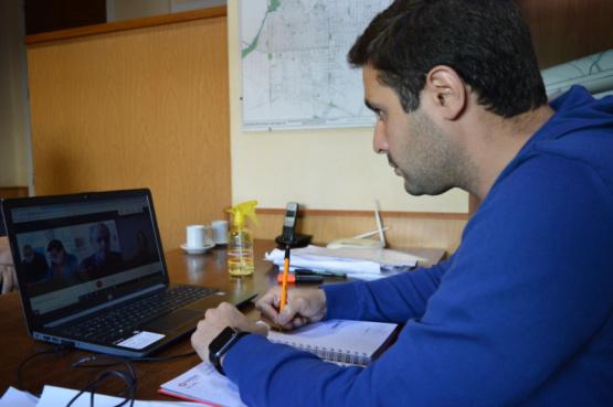 Estabilización del camino a Los Ángeles: Camilo Alessandro participó de la Apertura de Sobres de la licitación